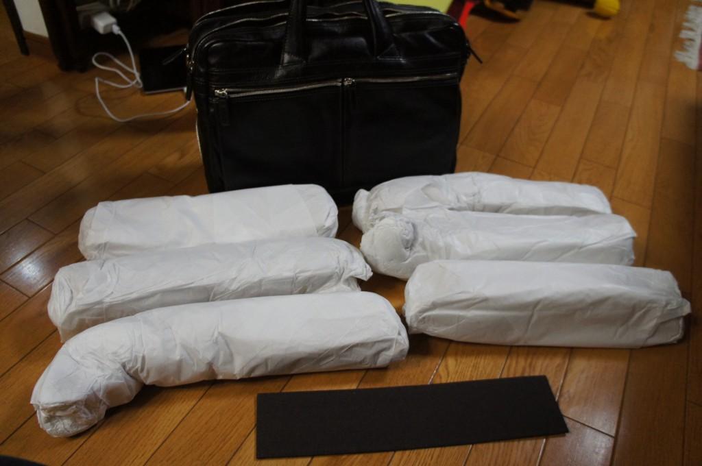 梱包は丁寧で、こんなにたくさん色々と詰まっていた。裏を返せばそれだけ収納があるってこと!