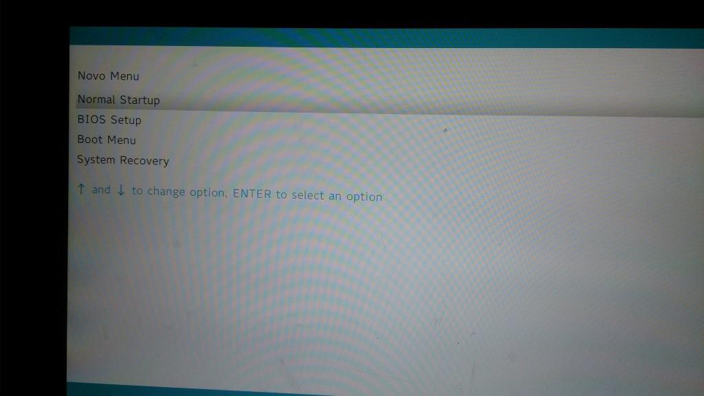BIOS(ってもう言わないんだっけ?)を起動してRecoveryを選んだとしても、、、