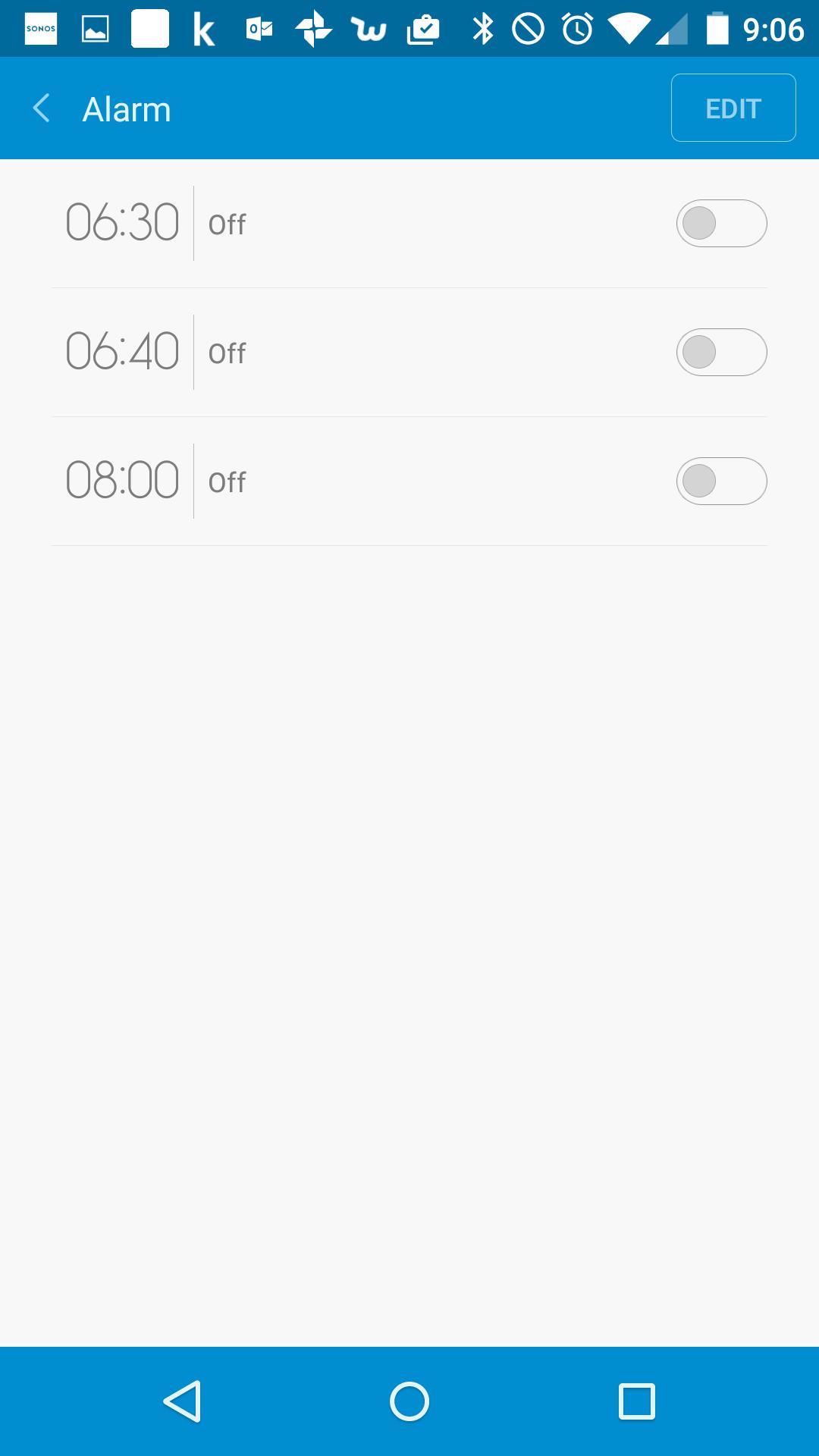 「アラーム」の画面。なお、Androidの標準インストールの時計・アラームなどとは一切連動しない。なので、切るとき混乱するので、rakeemは現在この機能を使っていない。ちなみに使った場合は、どうやらDeep SleepとLight Sleepを見極めて、目覚めのよいタイミングに調整してくれるもよう。