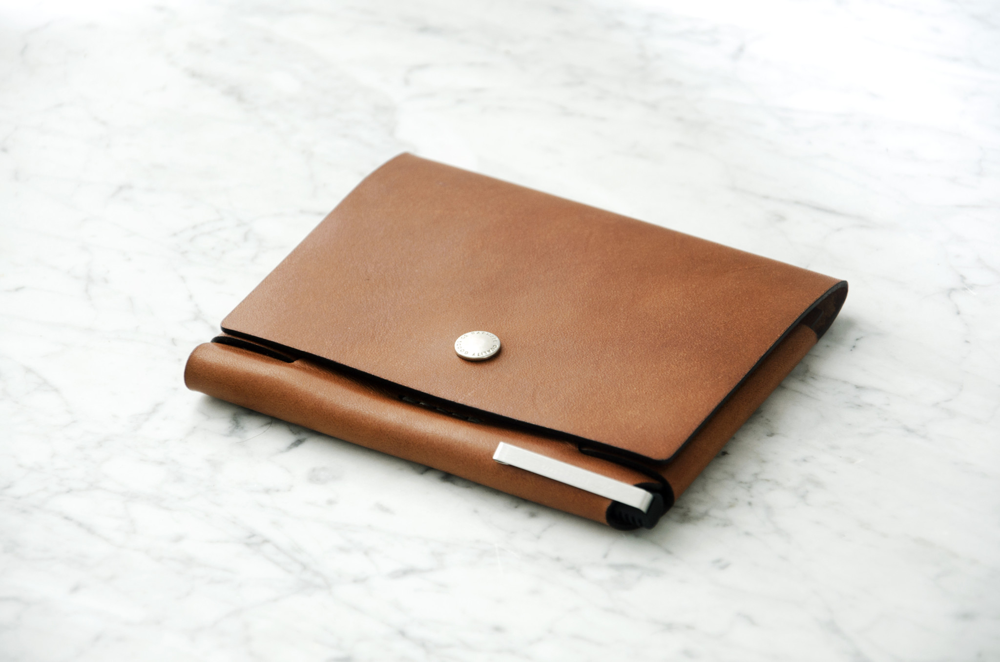 ROAM™ PASSPORT WALLET
